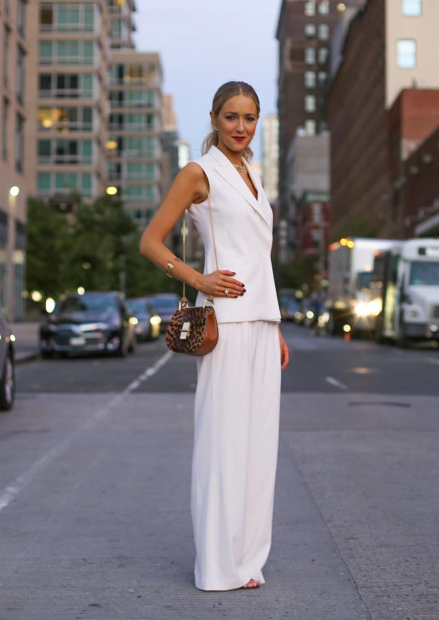 Favoloso White pants: 10 ideas to wear them - Veronica Vannini Fashion Blog  AF59
