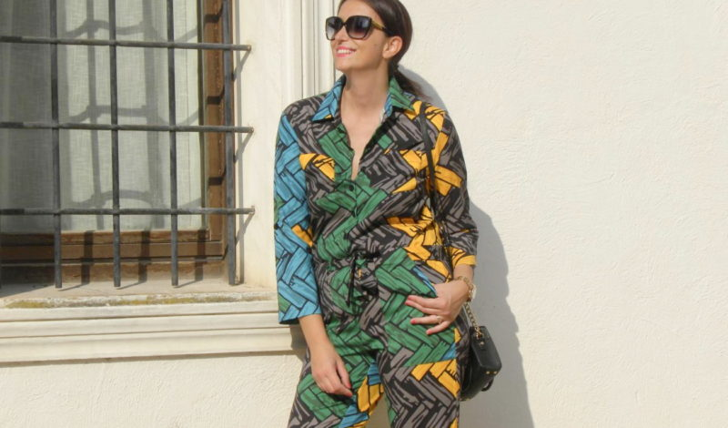 Printed jumpsuit to wear even in the fall!