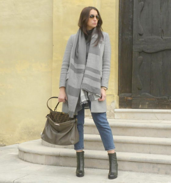 Ankle boots with heels and a look in shades of gray