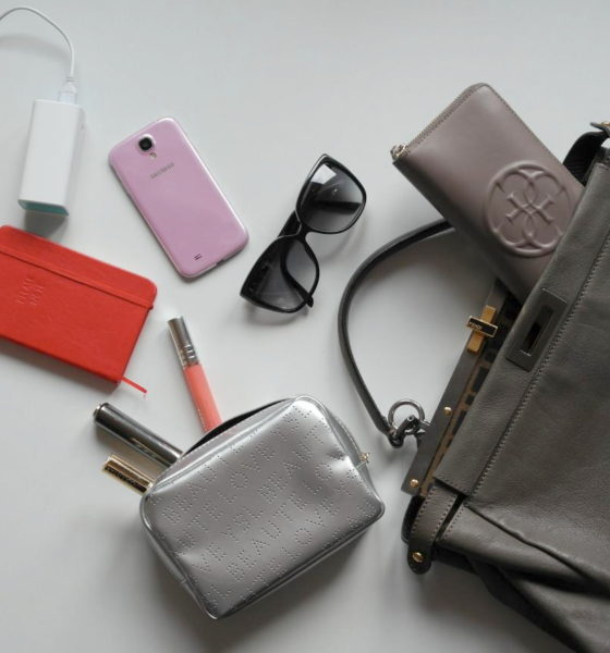 Video di YouTube: what's in my bag!
