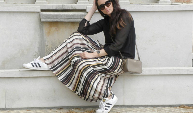 Vertical striped skirt: how to match it!