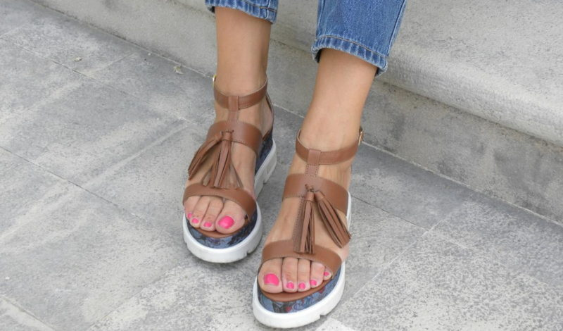 Comfortable summer sandals for easy looks!