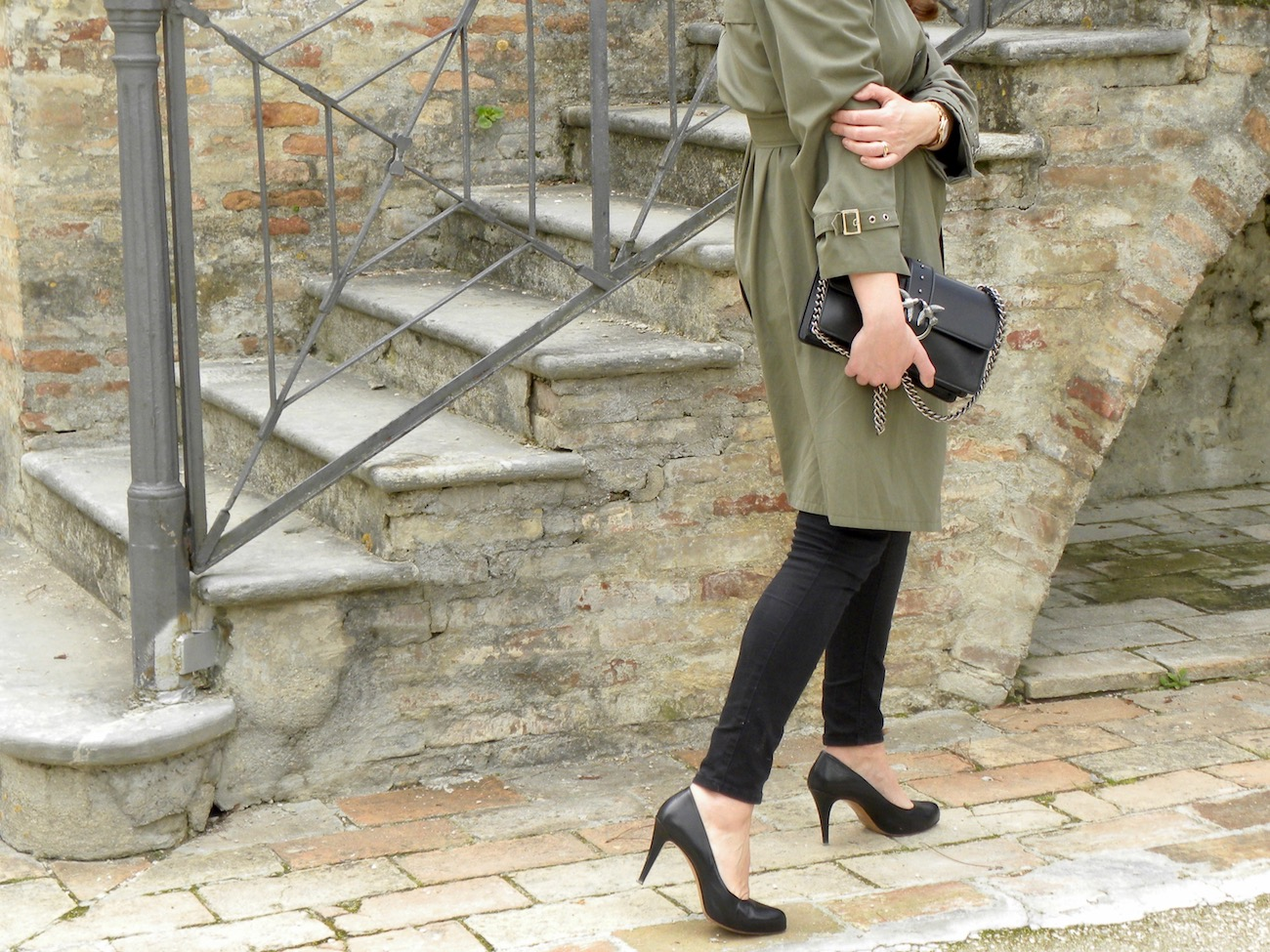 pinko trench coat
